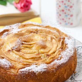 Torta di mele e mascarpone, ricetta dolce