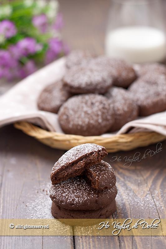 Biscotti con ripieno di Nutella cremosi