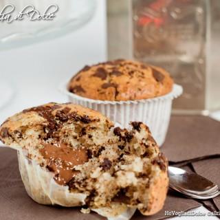 Muffin con gocce di cioccolato dal cuore morbido