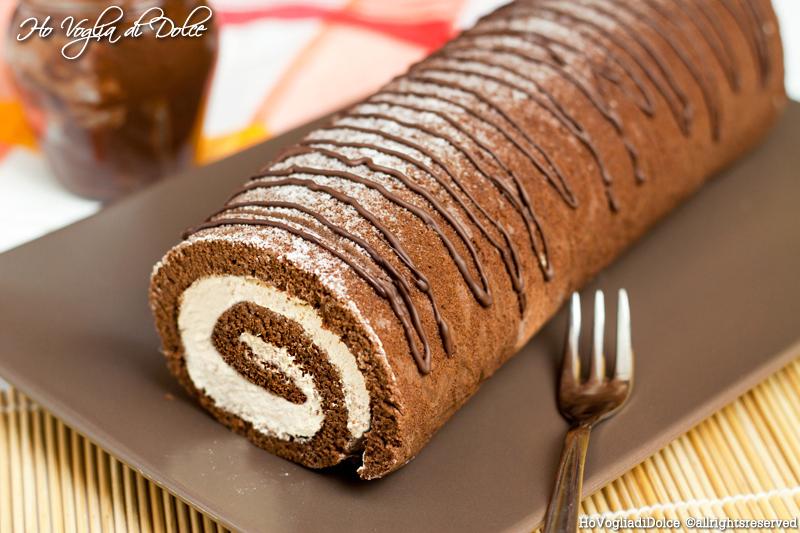 Rotolo al cacao con crema al mascarpone e caffè, ricetta | Ho Voglia di Dolce
