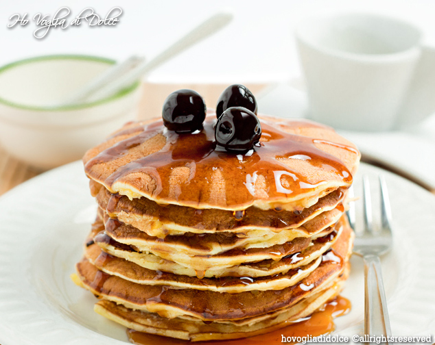 Pancakes alla ricotta con sciroppo d'acero, ricetta | Ho Voglia di Dolce