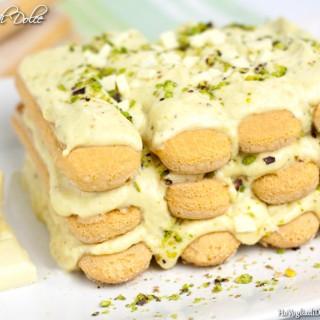 Tiramisù al pistacchio e cioccolato bianco
