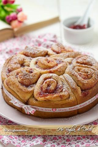torta delle rose con marmellata ricetta facile