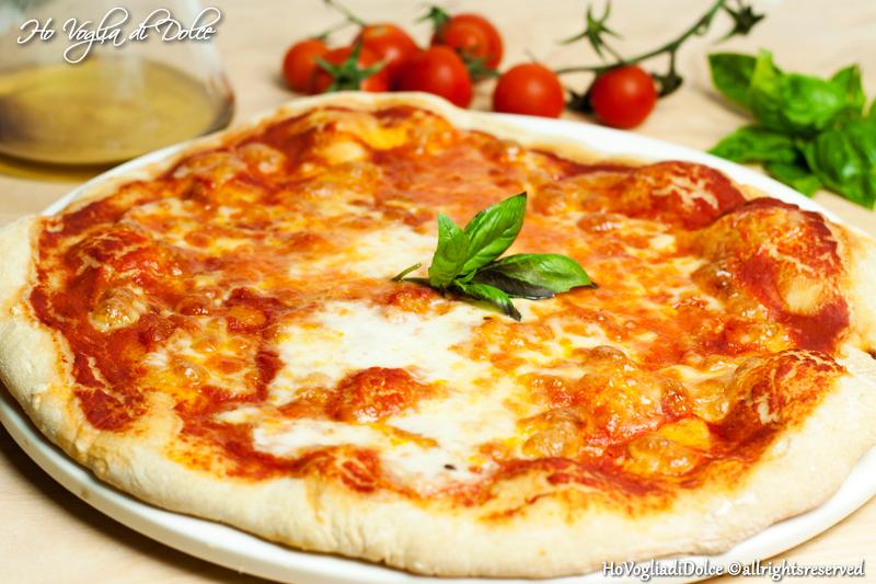 Pizza Napoletana, ricetta base impasto | Ho Voglia di Dolce