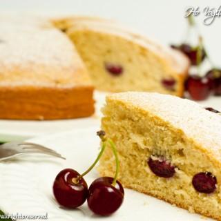 Torta soffice alle ciliegie