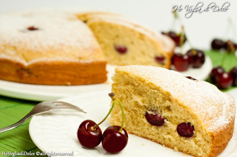 Torta soffice alle ciliegie, ricetta per la merenda | Ho Voglia di Dolce