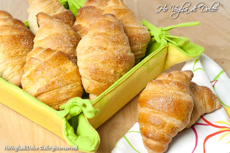 Cornetti per la colazione, ricetta metodo sfogliette | Ho Voglia di Dolce