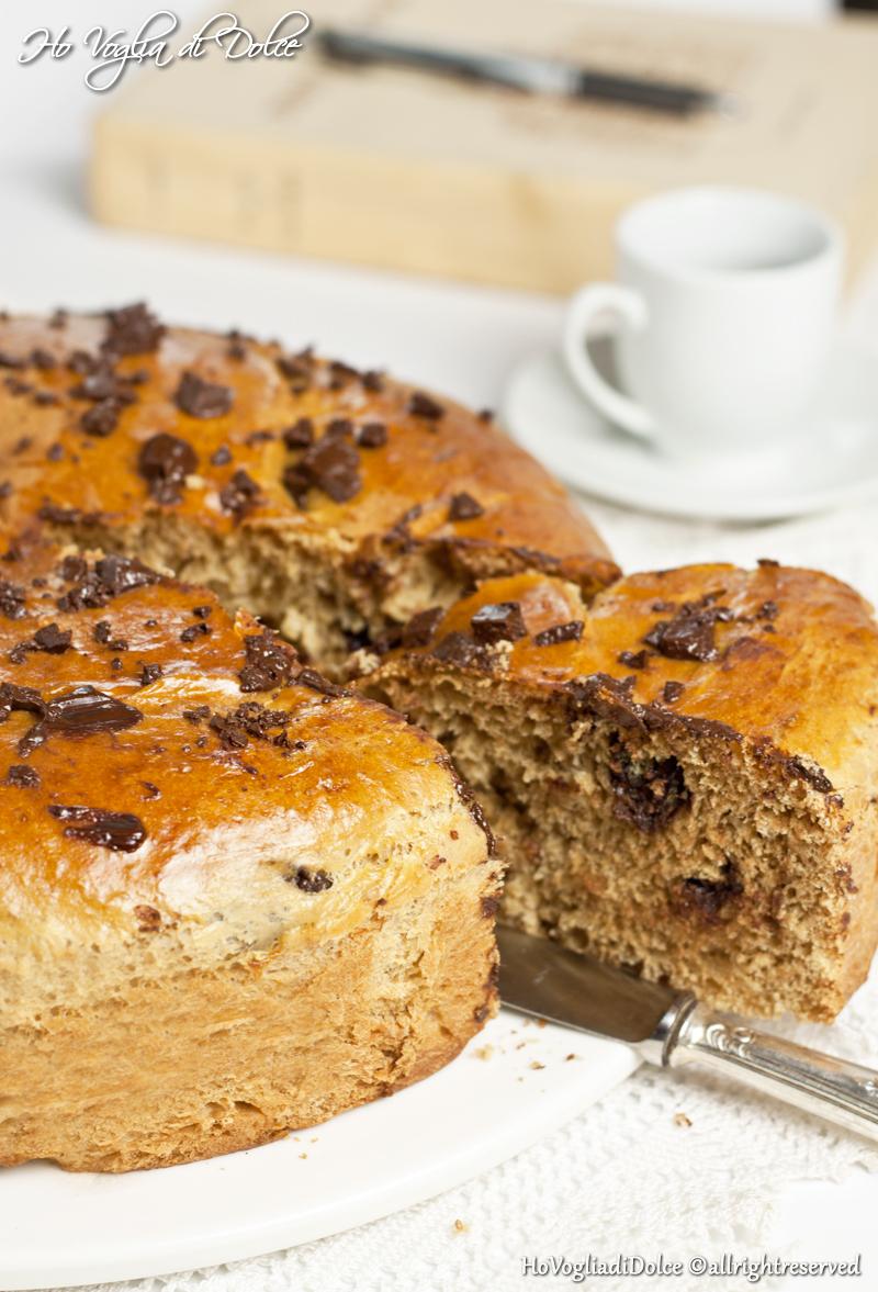Torta Brioche al caffè e cioccolato fondente | Ho Voglia di Dolce