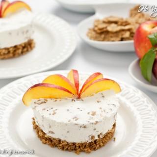 Torta fredda allo yogurt pesche e cereali monoporzione