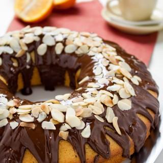 Ciambella all'arancia e cioccolato fondente