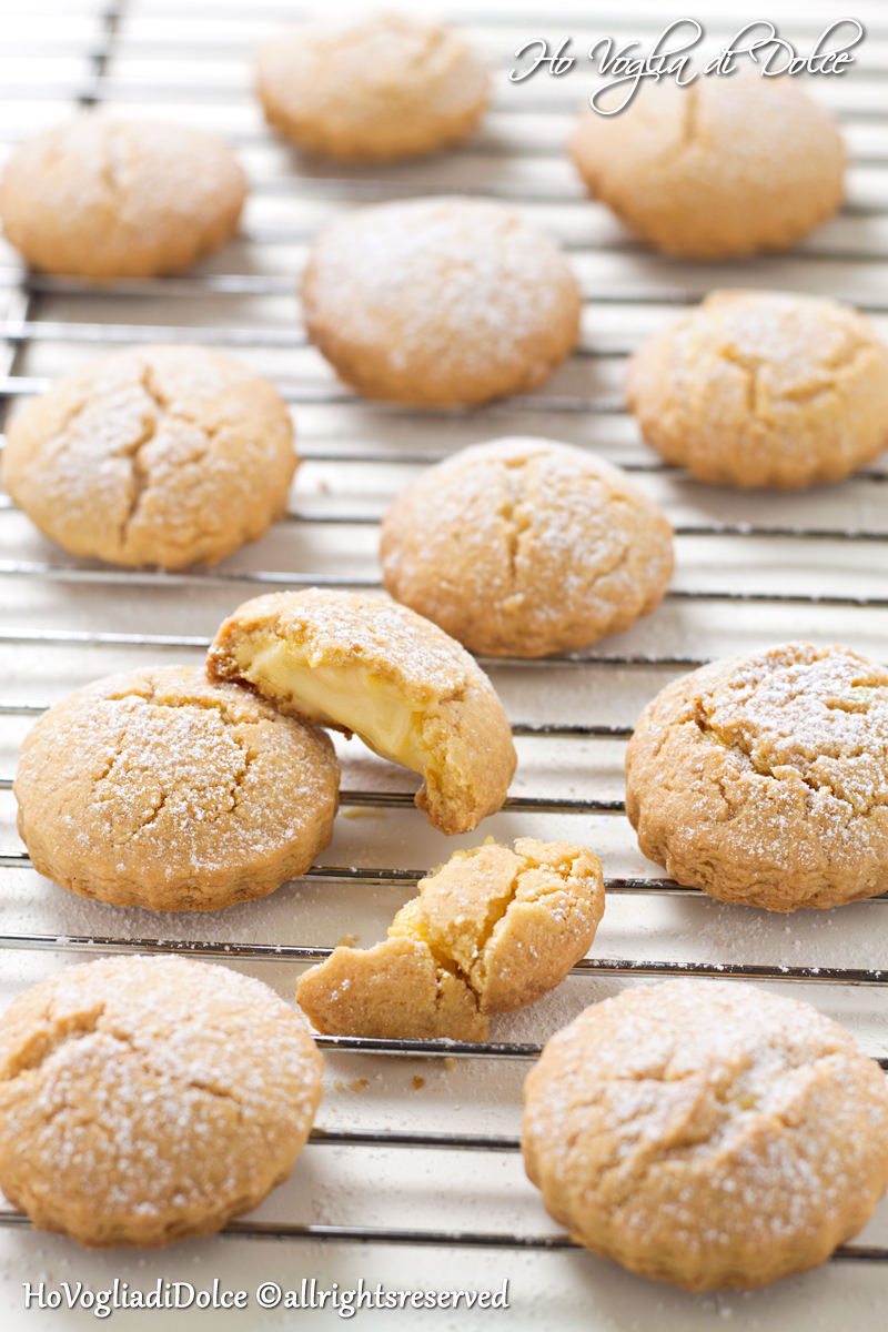 Biscotti ripieni con crema al limone, ricetta | Ho Voglia di Dolce