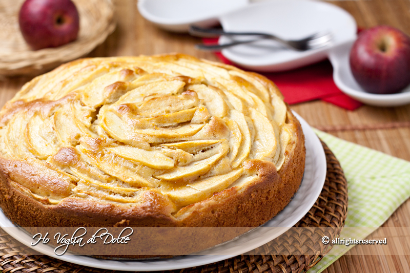 Torta di mele e banane, ricetta soffice | Ho Voglia di Dolce