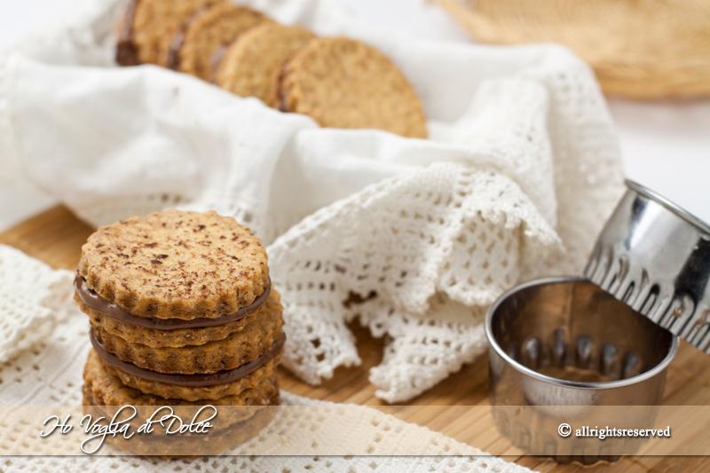 Biscotti sandwich al cioccolato, ricetta | Ho Voglia di Dolce