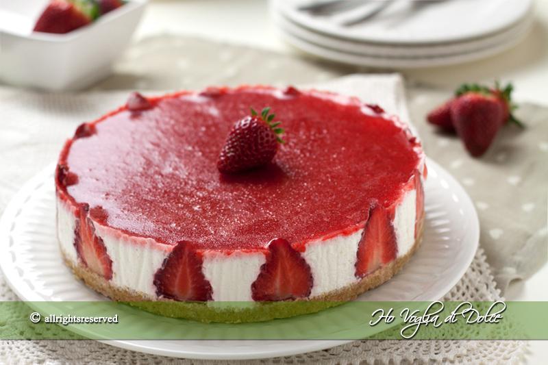 cheesecake-alle-fragole-senza-cottura