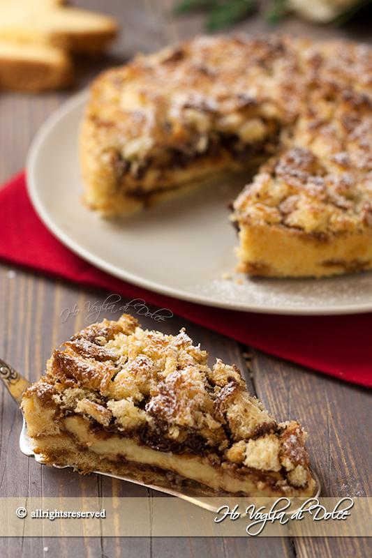 Sbriciolata-di-pandoro-con-crema-e-Nutella