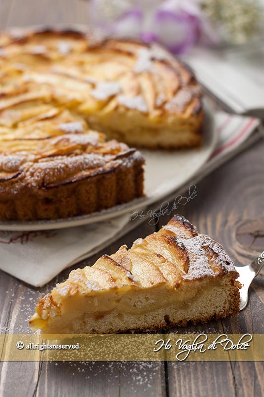 Crostata morbida di mele e crema pasticcera
