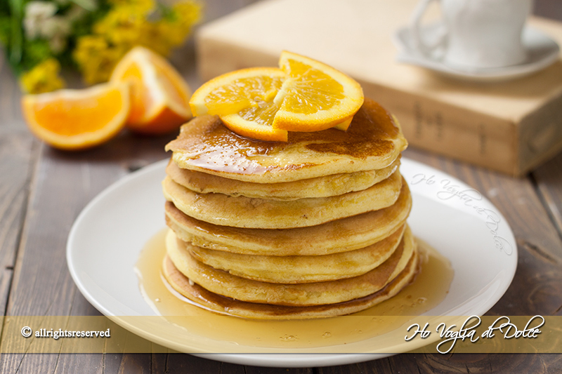 Pancakes-all'arancia-e-miele-sofficissimi