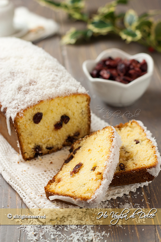 Plumcake-al-cocco-e-cranberries-(mirtilli-rossi)