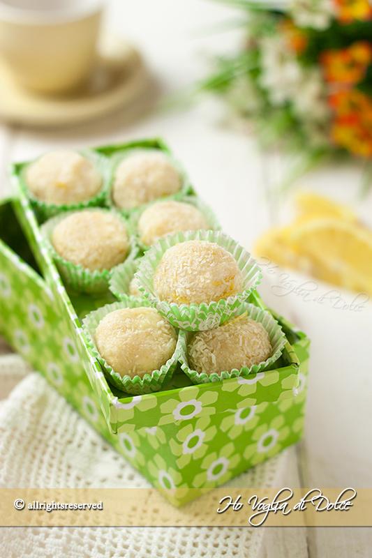 tartufi-al-cioccolato-bianco--cocco-limone