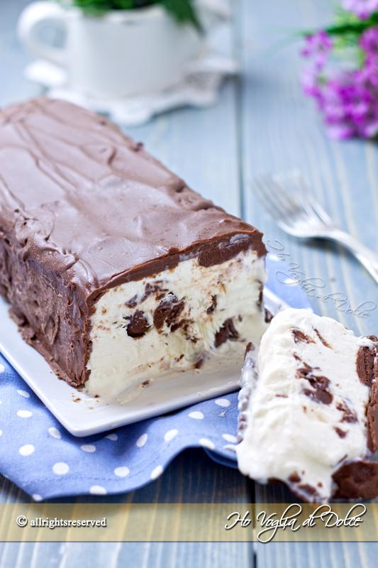 Torta gelato al cocco Bounty ricetta veloce