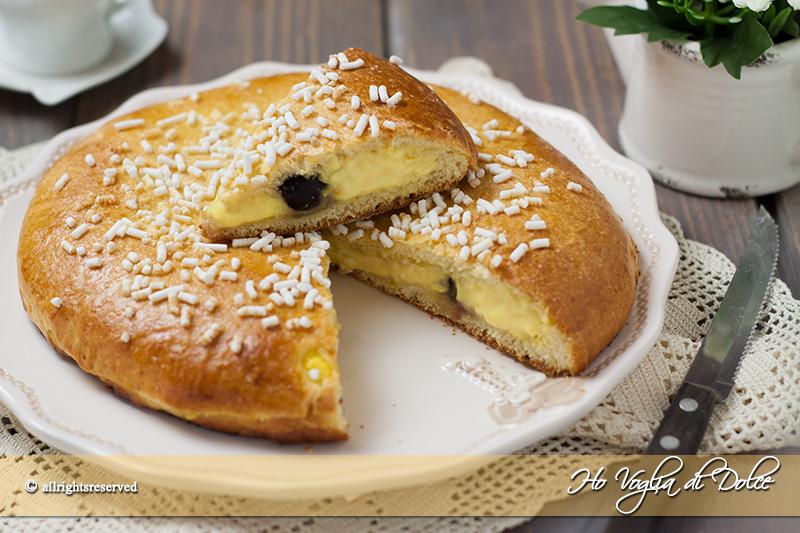 Polacca-aversana-ricetta-brioche-crema-e-amarena