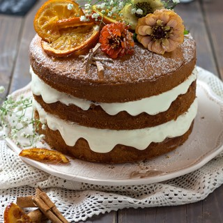 Naked cake all'arancia