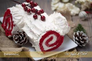 Tronchetto red velvet ricetta rotolo dolce di Natale