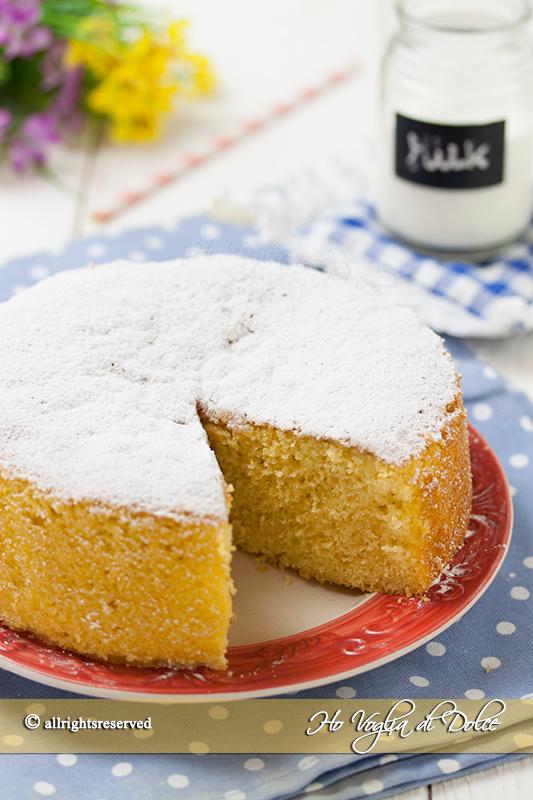 Torta-al-latte-caldo-sofficissima-ricetta