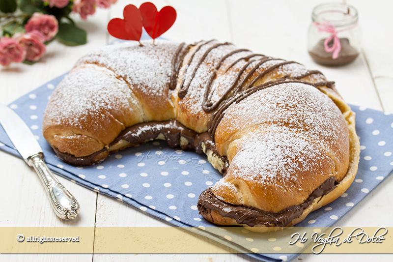 Cornettone maxi alla Nutella ricetta con foto passo passo