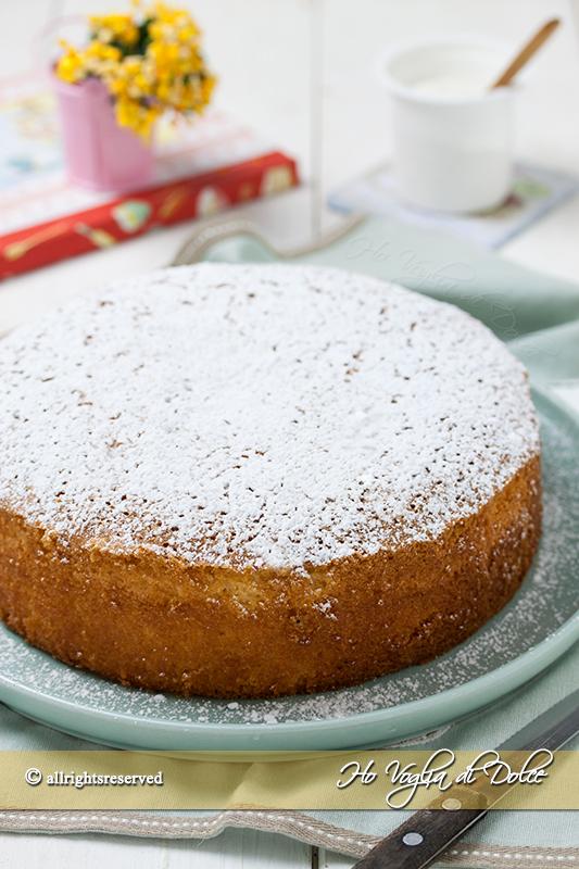 Torta-sette-vasetti-allo-yogurt-ricetta-facile