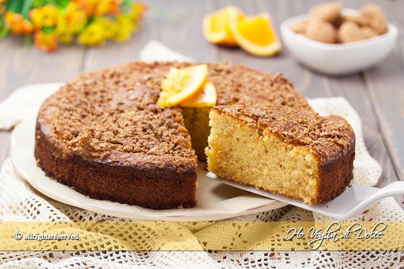 torta-allarancia-e-amaretti-morbidissima-ricetta-facile-e-veloce