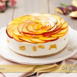 Cheesecake alle pesche senza cottura ricetta | Ho Voglia di Dolce