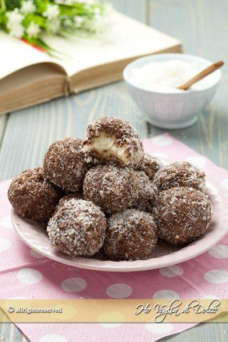 Tartufini cocco e Nutella senza cottura ricetta | Ho Voglia di Dolce