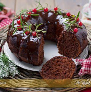 Ciambella al cioccolato natalizia