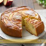 Torta di mele e panna ricetta | Ho Voglia di Dolce