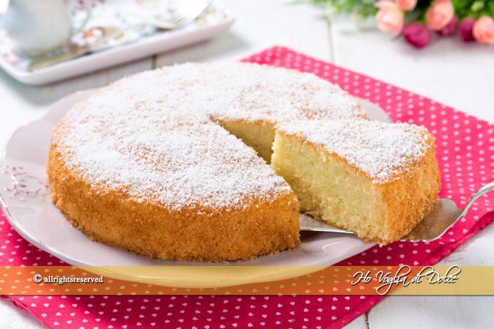 Torte Da Credenza Ricette : Torta al cocco sofficissima e umida ricetta ho voglia di dolce