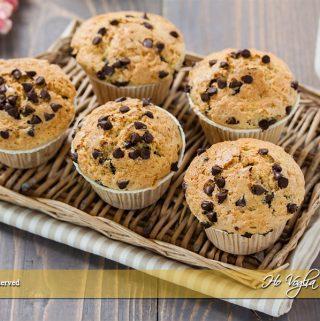 Muffin con farina integrale e gocce di cioccolato