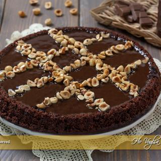 Crostata morbida al cioccolato e nocciole