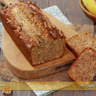 Banana bread con farina integrale e frutta secca